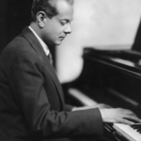 Alberto Guerrero at the piano