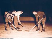 Intercollegiate Men's Hockey: Varsity Blues practice