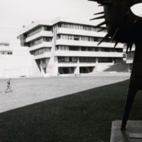 Administration Building & Humanities Wing patio with Expo '67 sculpture